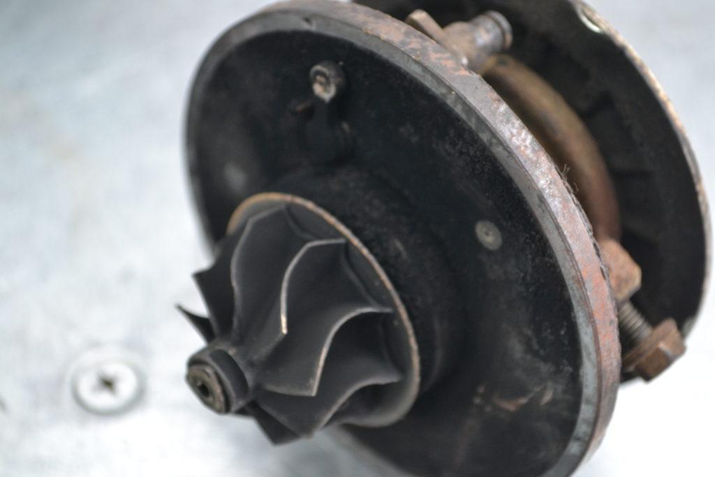 volkswagen touran, фольксваген туран, ремонт турбины, турбокомпрессор